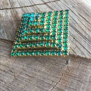 Jewelry - Vintage Layered Dome Pyramid Brooch 1950's
